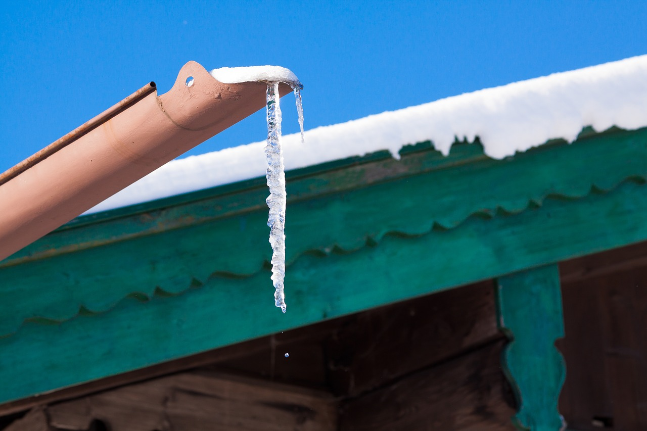 Tips On Cleaning Your Gutter Easily